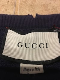 Used Gucci Crewneck small Red Bank, 37415