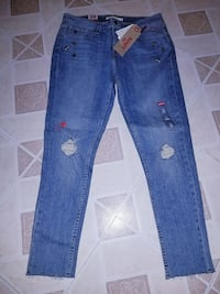 Womens Levi's size 10 Charles Town, 25414