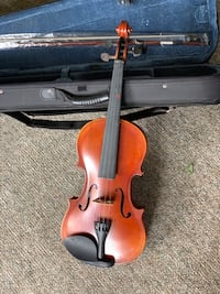 Traditional violin in mint condition