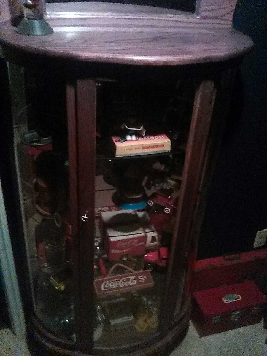 Antique Kareo Cabinet in Akron - letgo