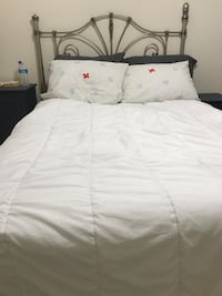 Full bed and metal frame and matress Centreville, 20120