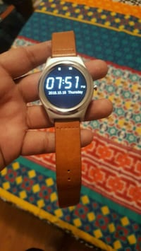 Smart watch used brand Q2 Mississauga, L5M 6Y2
