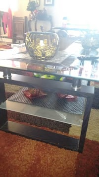 glass & wood table London, N6K 4L3