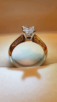 14kt Gold Diamond Ring   Toronto, M9B 3J7