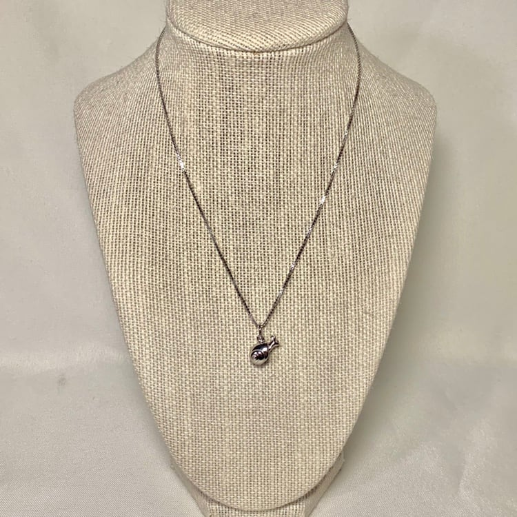 Genuine Sterling Silver Snail Pendant with Sterling Box Chain c55af5b1-e22e-46a4-9469-de52181ac1f8