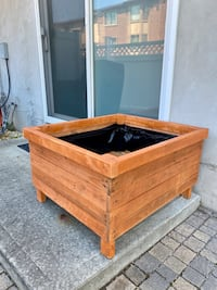 Outdoor Planter Box 32x35x24