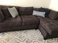 Grey suede sectional couch w Los Angeles, 90035