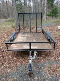 black metal framed brown wooden utility trailer Herndon, 20170
