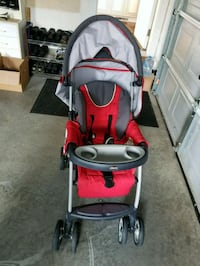 red and gray jogging stroller Mechanicsburg, 17050