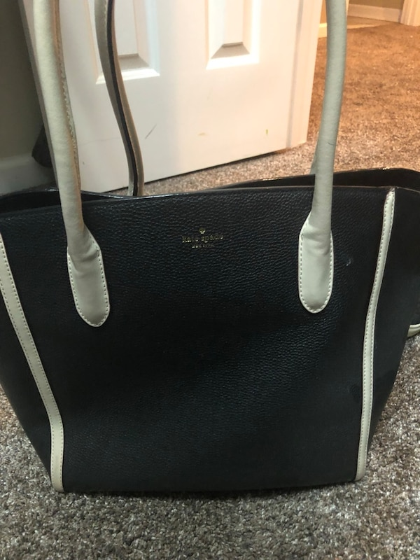 9520527a4db23 Used Authentic Kate Spade Bag for sale in Baileyton - letgo