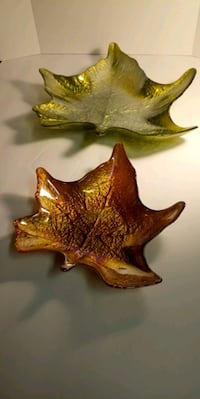 Maple Leaf ashtray/candy/nut dishes. South Bend, 46619