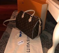 Brand new Louis Vuitton bag for sale!