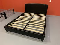 Brand new black faux leather platform bed frame warehouse sale 多伦多, M1P 5E4