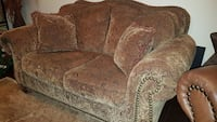 Barely used mint condition Couch Vaughan, L6A 0S6