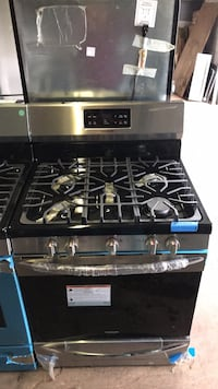 New Frigidaire stainless steel gas stove 6 months warranty Baltimore, 21223