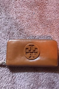 Authentic Tory Burch Wallet Toronto