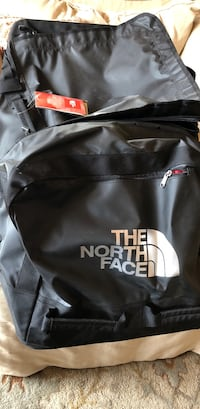 North Face NEW Rolling Thunder Duffel Large Black $300 Park City, 84098