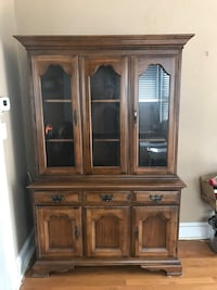 Brown wooden china buffet hutch Halethorpe, 21227