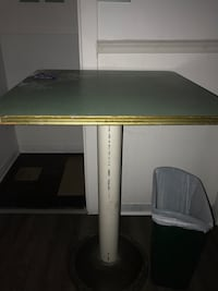 grey and white pedestal table Baltimore, 21224
