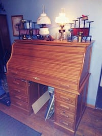Vintage Roll-Top Desk Des Moines, 50311