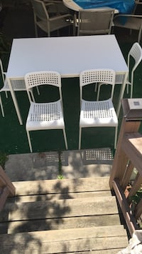 IKEA white dining table with 4 white chairs Toronto, M1P 3A6