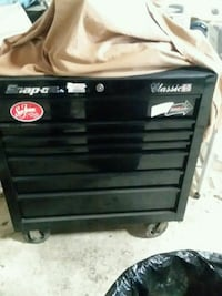 black snap on  tool cabinet Sioux Falls, 57106