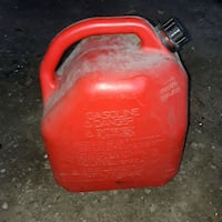 5 gallon gas can, with cap, spout, old version