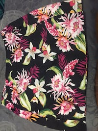 black, pink, and green floral mini skirt Kalamazoo, 49007