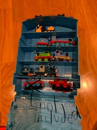 Thomas The train play and go carrier with trains  Bethesda, 20814