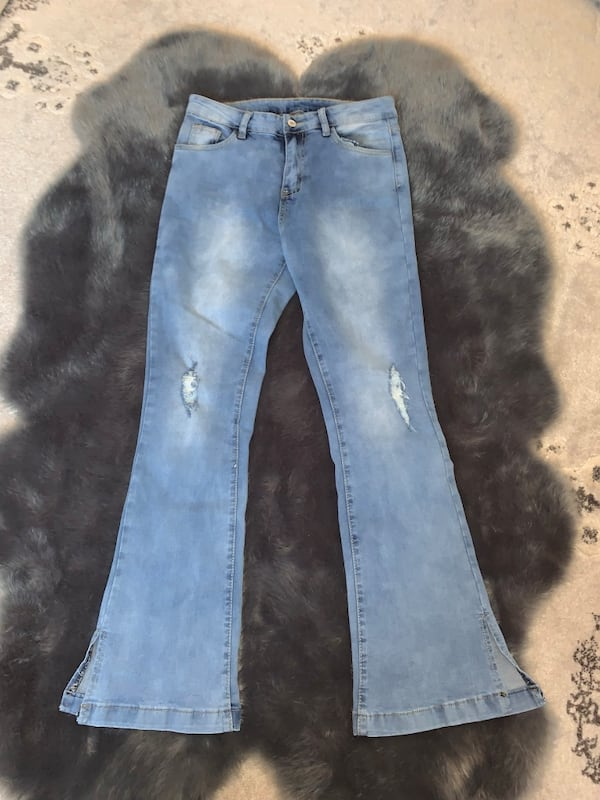 Flare jeans bootcut 234689d4-0708-49f8-bd99-bff0dbff817c