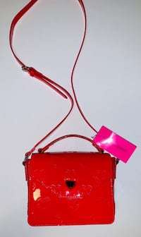 Red Heart Betsey Johnson Top Handle Crossbody Bag/Purse