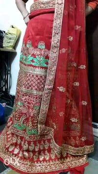 two red-and-green floral area rugs Indore
