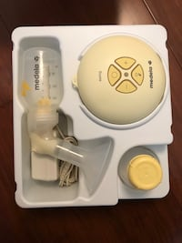 Medela Swing Electric Breastpump - with BPA-Free Bottles Toronto, M2K 2B2