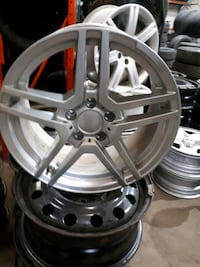 """A set of 4 alloy wheels  5x112  in 17"""""""