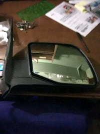 Side mirror for a Ford van Ecorse, 48229