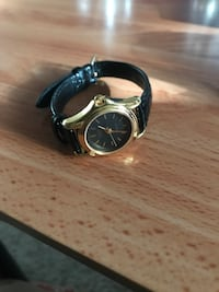 Black and Gold Watch Vancouver, 98662