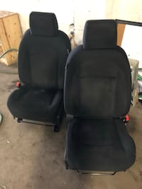 Nissan - Rogue - 2009 - Front Seats  Milwaukee