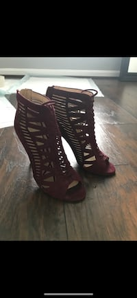 Size 7 Nine West Heels 23 mi