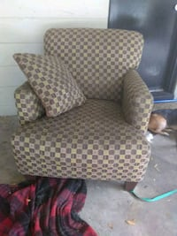 brown and white polka dot sofa chair Orlando, 32803