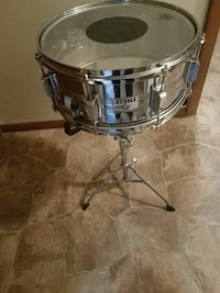 Tampa 14 inch snare drum with stand