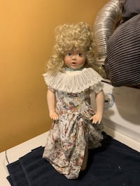 "Porcelain doll 17"" Ashley # 4362B 1991 Jessup, 20794"