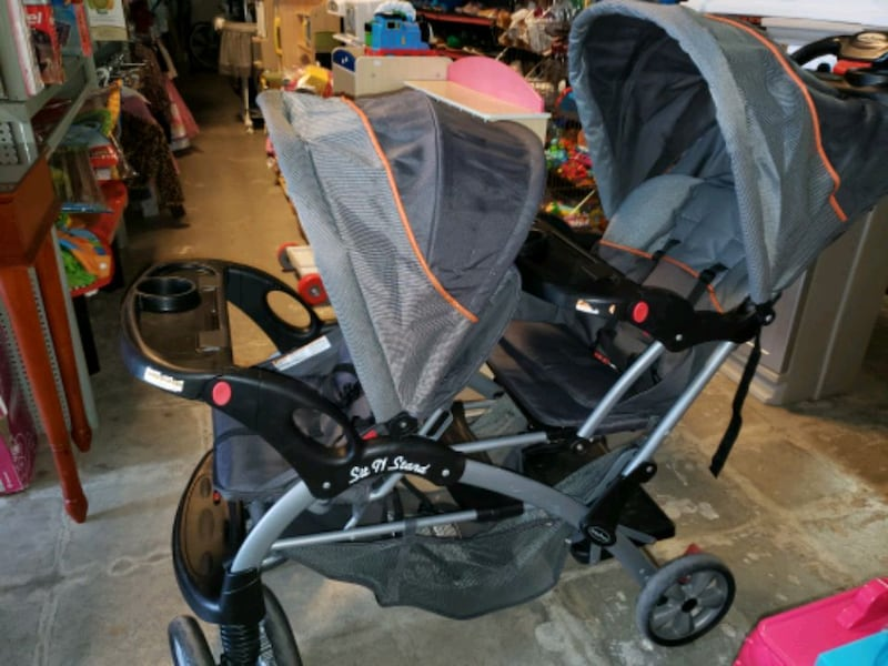 double and sit and stand stroller @ clic klak used ceae288e-2e1b-49a1-b207-c55ffbe27c9c