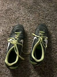 Size 11.5 nike cleats  Germantown, 20874