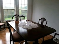 Antique Mahogany wood dining table with 6 chairs Myersville, 21773