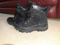 10.5 size Black Boots Indian Head, 20640