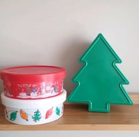Holiday Gift Containers/Total Of 12