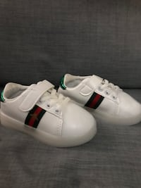 New Gucci sneakers- toodler Size 8c Coquitlam, V3K 1G6
