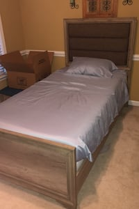 Twin Bed with 2 mattresses Charlotte, 28277