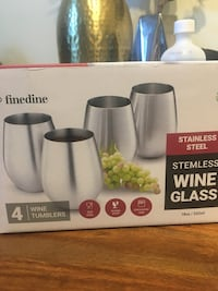 Stemless stainless steel wine glass