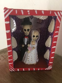 "Day of the Dead Memorabilia in 4"" x 3"" x 2"" Red Box Los Angeles, 91405"